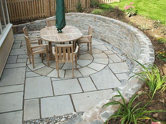 build large walls with verdura plantable retaining wall blocks,